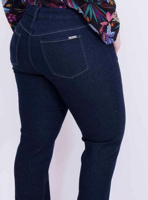 Calça em Jeans com Elastano Reta Básica