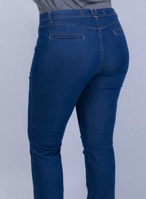 Calça em Jeans com Elastano Reta Clássica