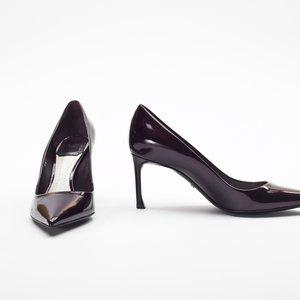 Sapato Dior em verniz vinho com glitter