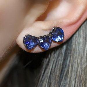 Ear Cuff Hearts Tanzanita Negro