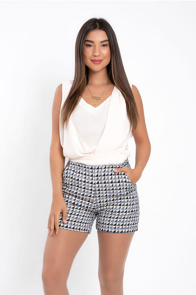 Shorts tweed com bolso