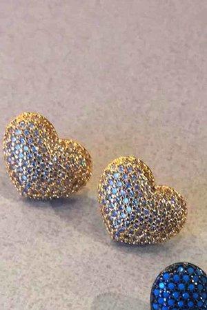 Brinco coração dourado banho ouro semijoias